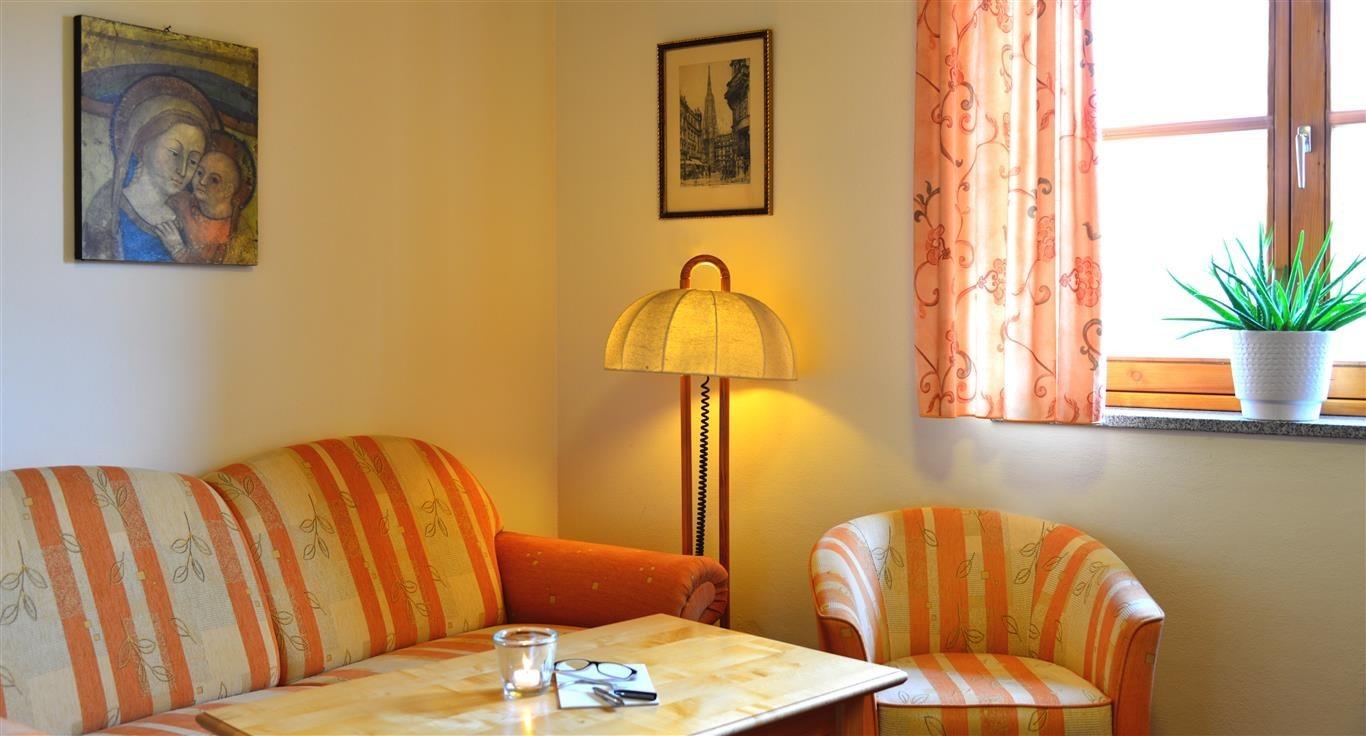 Augustiner-Gästehaus-HK-129-Mittel-e1446907353421